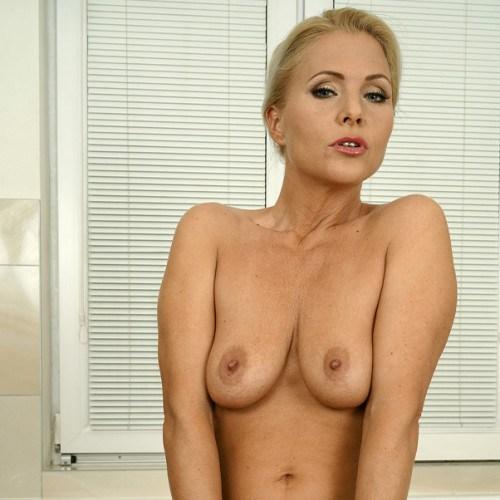 Порнозвезда Kathy Anderson (Кэти Андерсон)