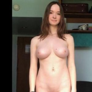 Порнозвезда Hazel Moore