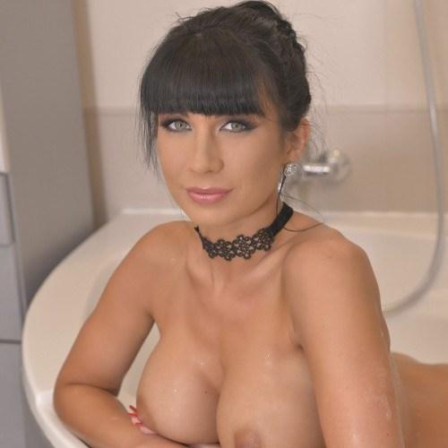 Порнозвезда Valentina Ricci