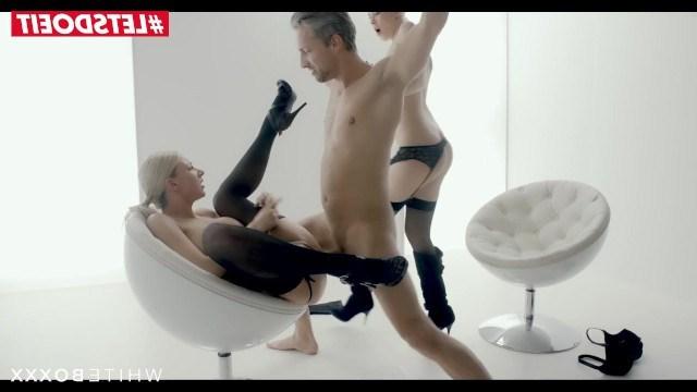 Мужик становится рабом для двух фетишисток и дает в пользование член