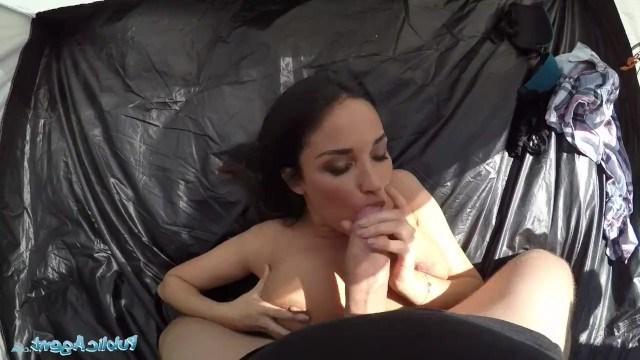 Пикапер подцепил на природе красотку Anissa Kate и занялся с ней сексом