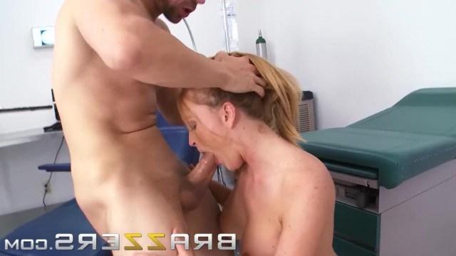 Рыжая медсестра соблазнила пациента на марафон анального секса
